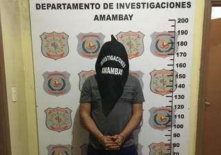 Agente penitenciário preso hoje em Pedro Juan Caballero (Foto: Divulgação)