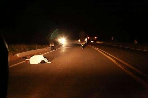 Homem é encontrado morto em rodovia na saída para Santa Rita do Pardo