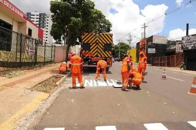 Prefeitura abre licitação para instalação de semáforos em corredores de ônibus