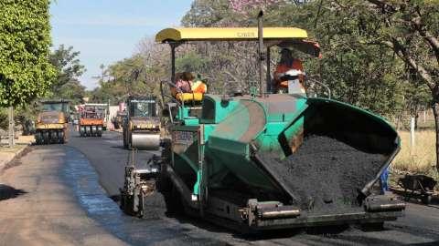 Prefeitura inicia recapeamento em ruas de 7 bairros da região norte da Capital