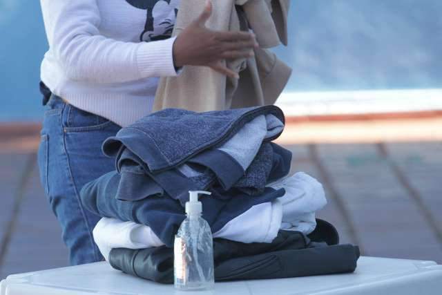 Veja 27 lugares onde você pode doar agasalho e cobertor