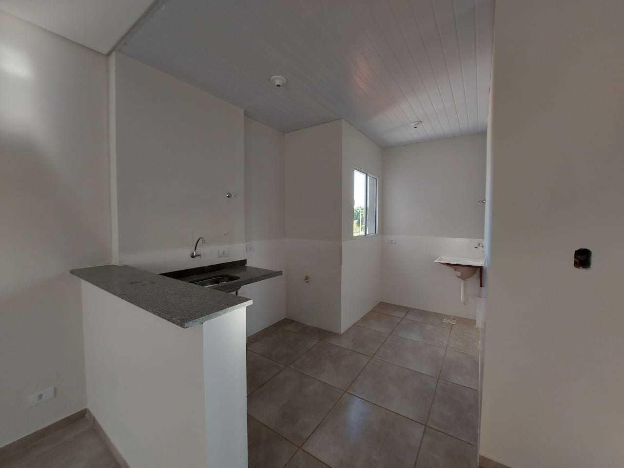 Balcão integra sala e cozinha. (Foto: Divulgação)