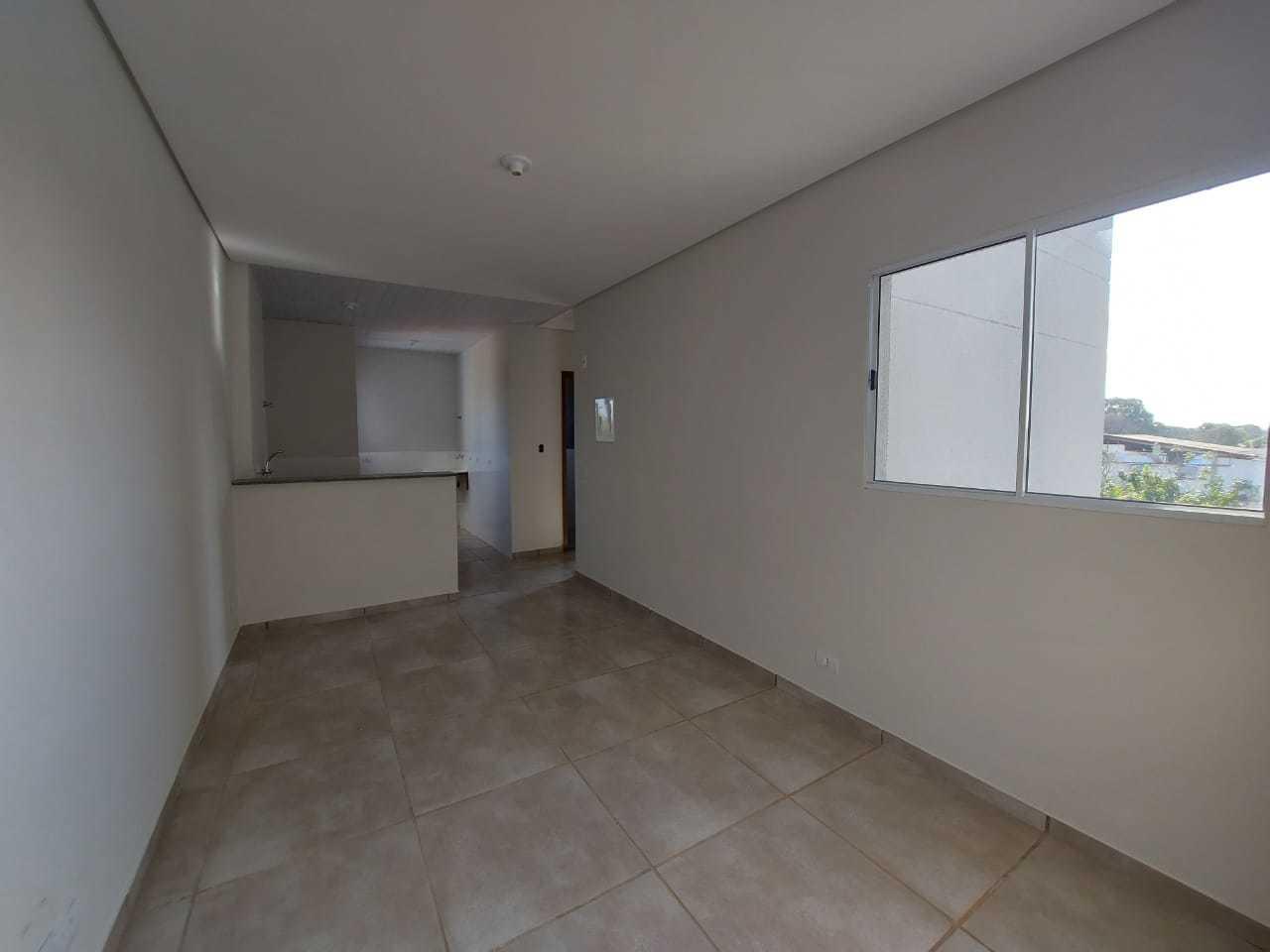Visão da sala, apartamento tem claridade. (Foto: Divulgação)
