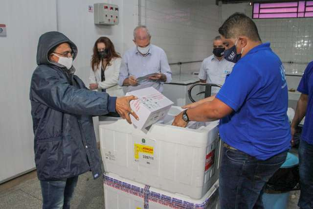 MS recebe hoje mais dois lotes com 69,7 mil doses de vacina contra covid