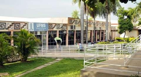 UFMS diz que ainda aguarda informações sobre denúncia de professor estuprador