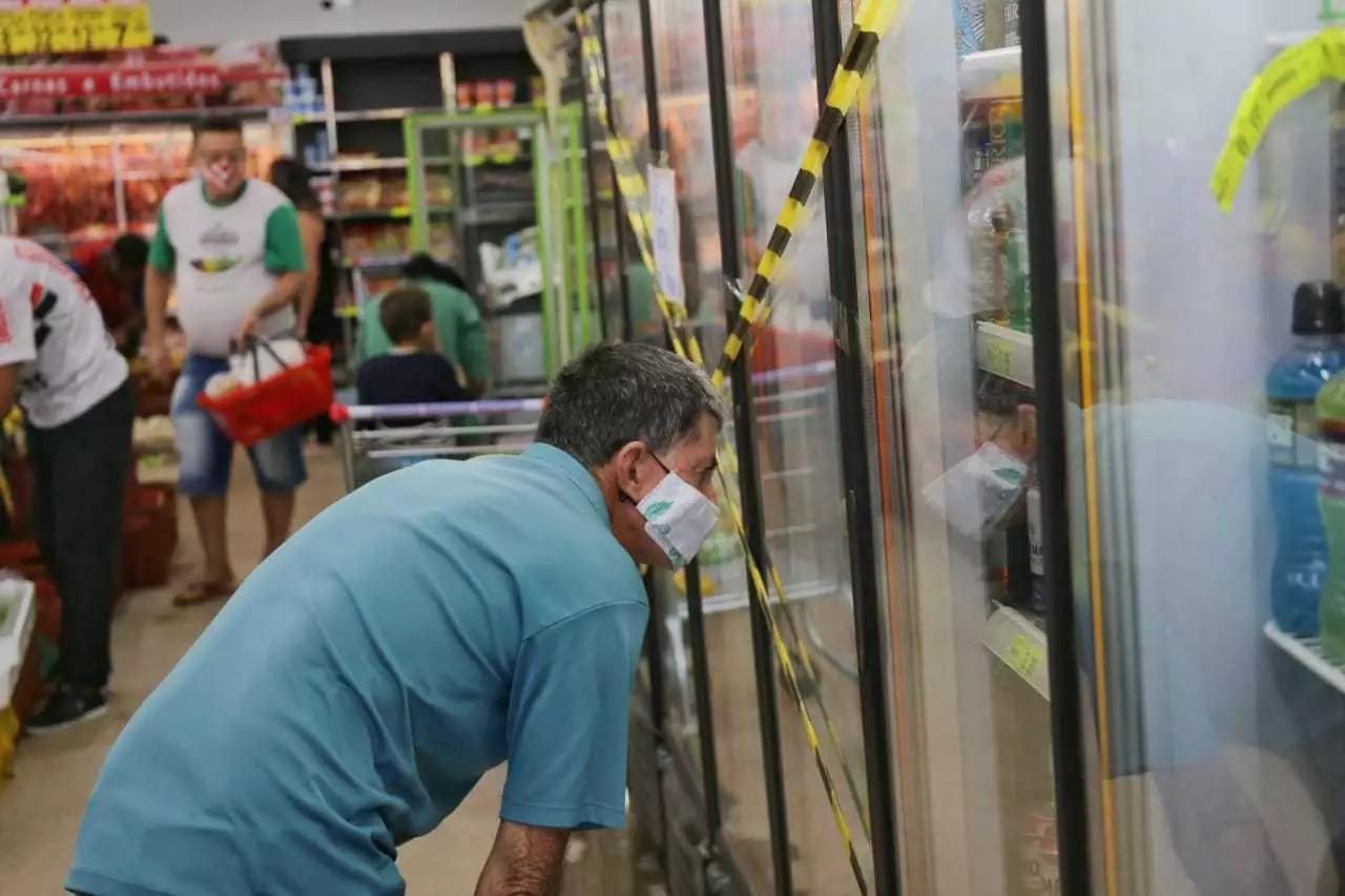 Prefeitura decretou lockdown de quatro dias e orientou a população a estocar alimentos (Foto: Paulo Francis/Arquivo)