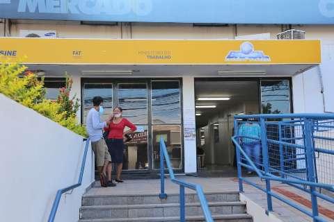 Com mais de mil ofertas de trabalho, Funsat tem oportunidades até para garçom