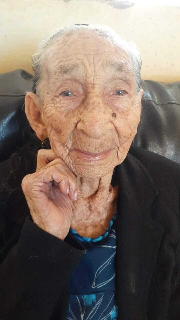 Dona Marina viveu mais de um século e não tem qualquer problema grave de saúde. (Foto: Arquivo Pessoal)