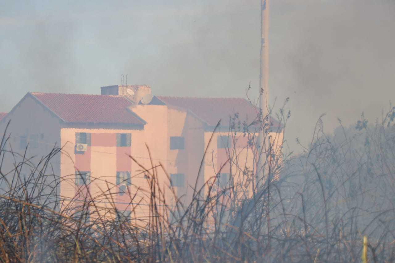 Tempo seco favorece queimadas e é preciso alerta com a saúde (Foto: Arquivo/Henrique Kawaminami)