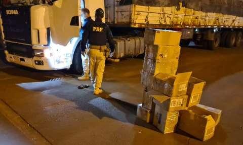 Motoristas são presos com 460 celulares contrabandeados em carretas