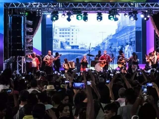 Em Novembro de 2019 show com Delinha levou 20 mil pessoas para 14 de julho (Foto: Arquivo/Marcos Maluf)