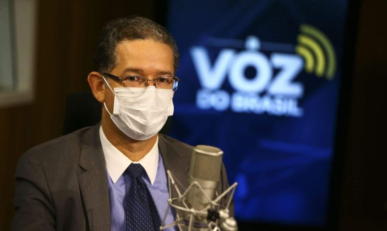 Secretário de Energia Elétrica do Ministério de Minas e Energia (MME), Christiano Vieira da Silva, deu entrevista à Voz do Brasil (Foto: Agência Brasil)