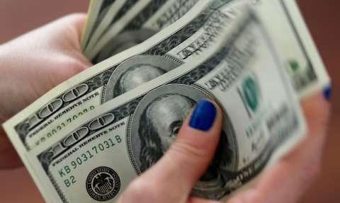 Dólar cai para R$ 5,17 com dados sobre economia americana