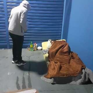 No frio, moradores de rua resistentes se rendem à ajuda e SAS reforça equipe