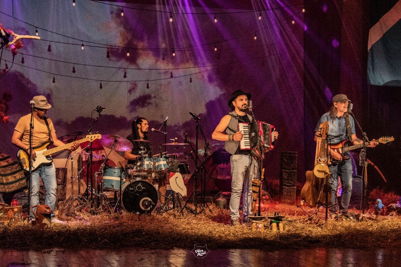 Show está gravado e disponível no canal do Youtube da Banda. (Foto: Divulgação)