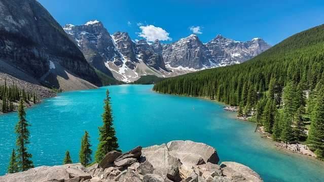 Se tem planos de ir para o Canadá, espere setembro chegar