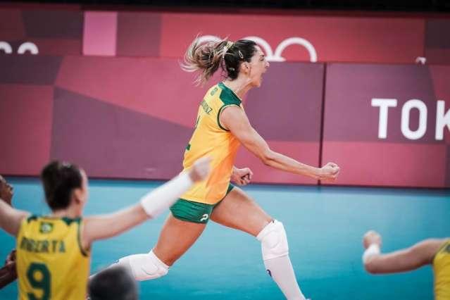 Brasil vai ao quinto set para superar República Dominicana em Tóquio