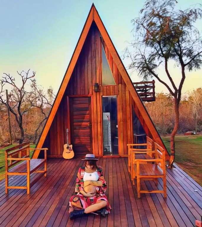 Sonho de infância, cabana sai do papel e vira cenário para fotos