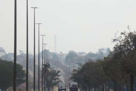 Névoa seca que encobre Capital é resultado da falta de chuva há mais de 40 dias