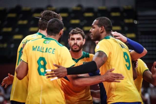 Brasil perde para Rússia e vê classificação ameaçada no vôlei masculino