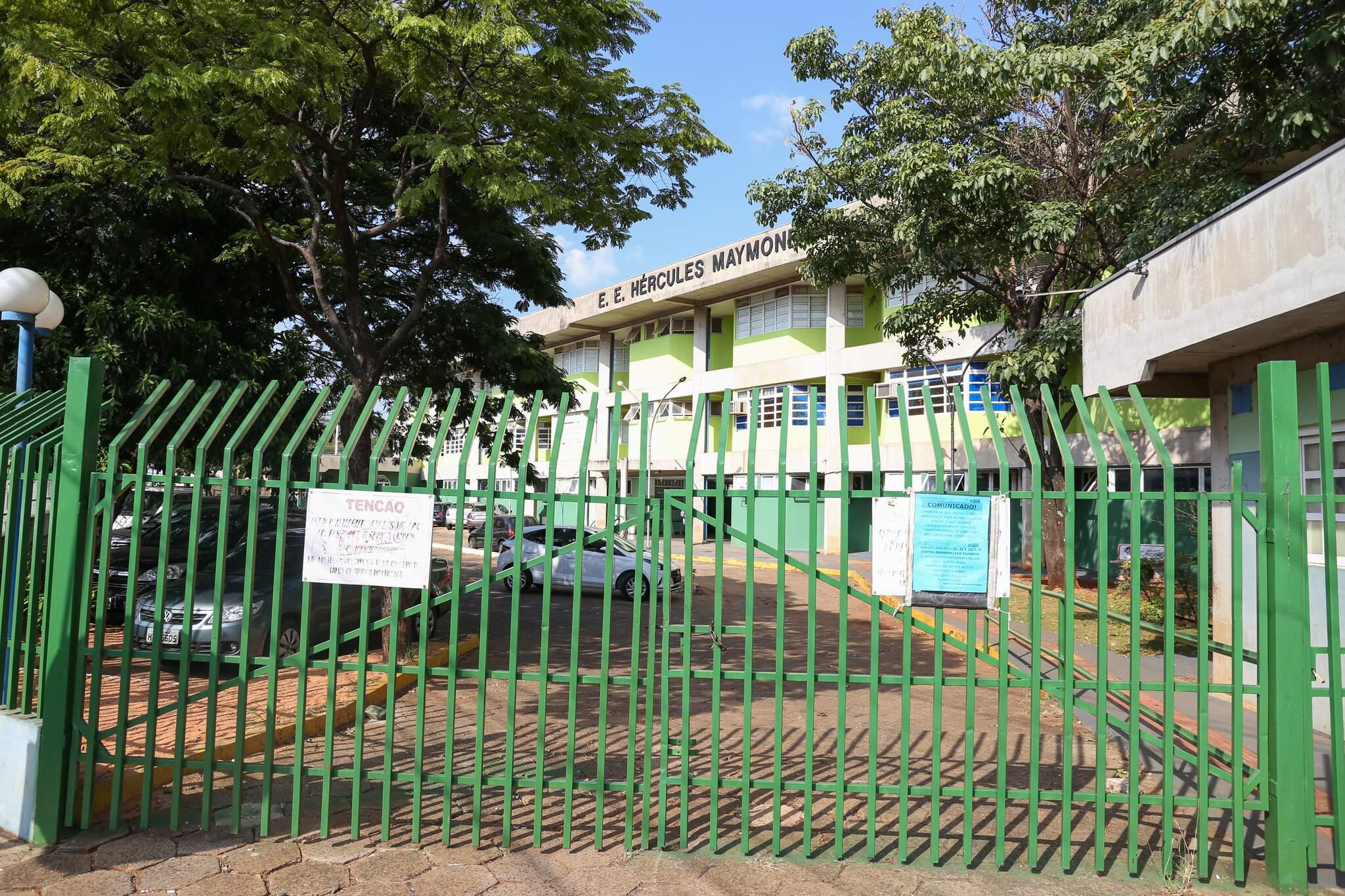 Escolas estaduais não recebem presença de alunos desde 23 de março do ano passado. (Foto: Paulo Francis)