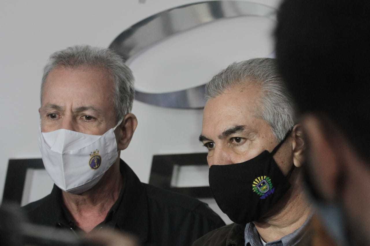 Ministro de Minas e Energia, Bento Albuquerque ao lado do Governador Reinaldo Azambuja durante inaufuração de usina (Foto: Marcos Maluf)