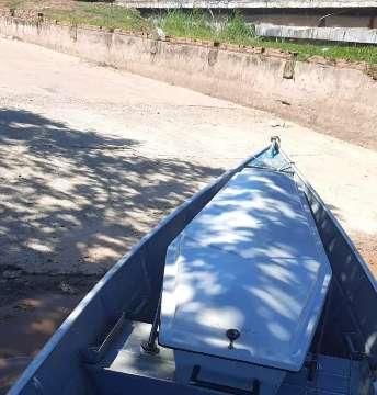 Corpo de trabalhador rural é encontrado em barco no Rio Taquari