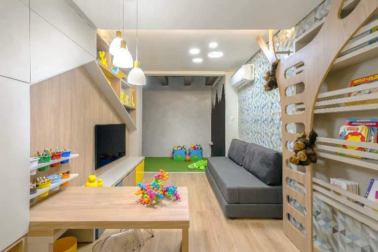 Casa tem brinquedoteca minimalista que motiva os filhos à leitura