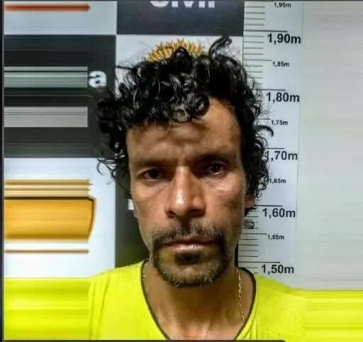 """Dono da """"Boca do Hulk"""", traficante é apontado como o assassino de Graziele Quele (Foto: Direto das Ruas)"""