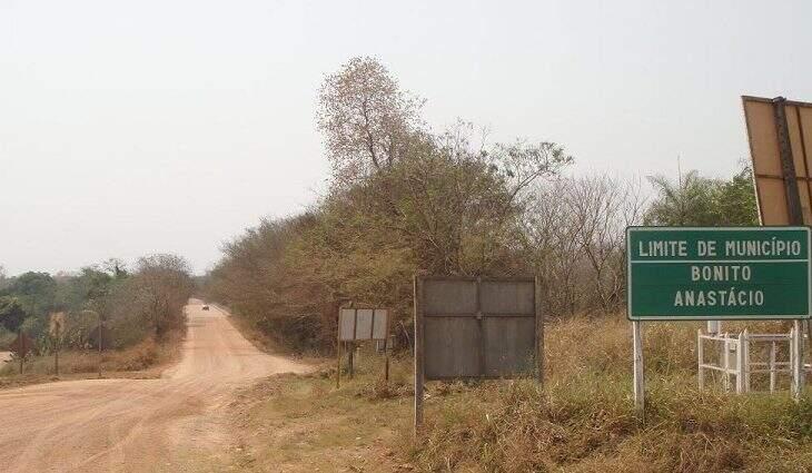 Rodovia MS-345, também conhecida como Estrada do 21. (Foto: João Prestes)