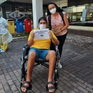 Roberto deixou hospital particular em Campo Grande após 50 dias de internação. (Foto: Arquivo Pessoal)