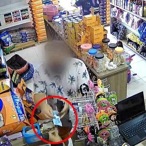 No golpe do troco, homem mostra R$ 100, mas engana caixa com nota de R$ 2