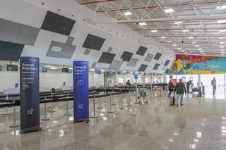 Rapaz foi preso dentro do Aeroporto Internacional de Campo Grande (Foto: Marcos Maluf)