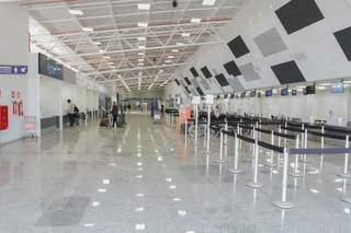 Saguão reformado do Aeroporto Internacional de Campo Grande. (Foto: Marcos Maluf)
