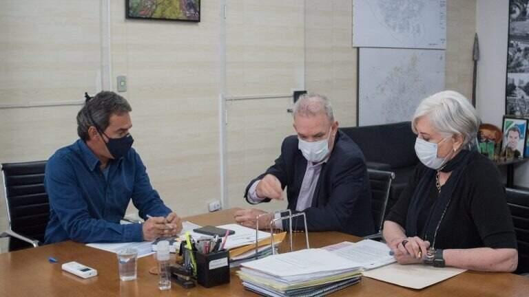 Prefeito Marquinhos Trad e secretário Geraldo Resende voltaram a discutir o assunto nesta terça-feira (3). (Foto: Prefeitura de Campo Grande/Divulgação)