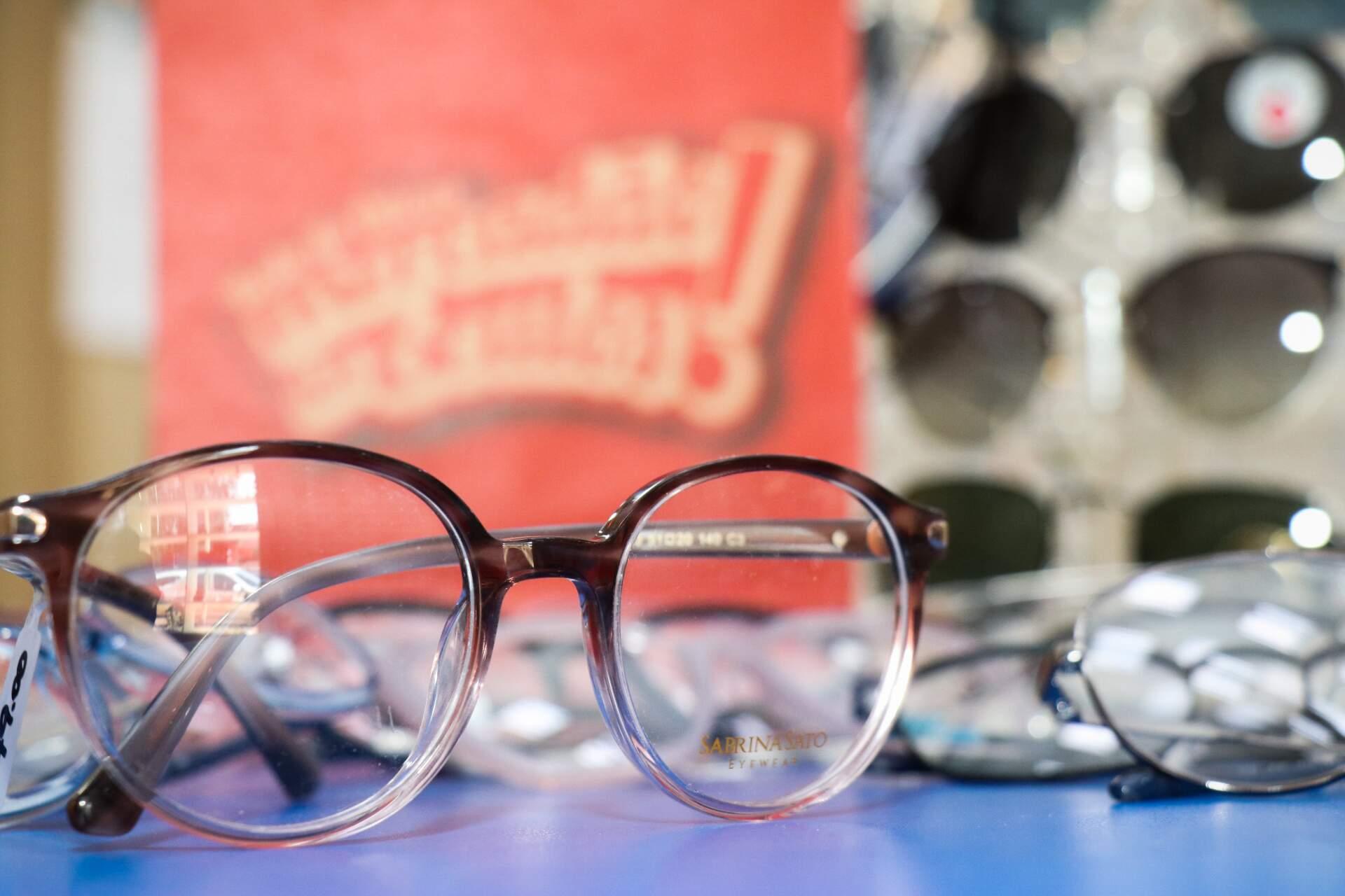 Mercadão dos Óculos tem super variedade de armações de grau. (Foto: Henrique Kawaminami)