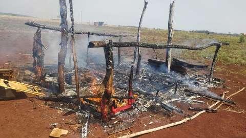 """""""Estava dentro da minha área"""", diz produtor que incendiou casa de indígenas"""