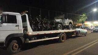 Veículos foram apreendidos e encaminhados ao pátio do Detran. (Foto: Divulgação)