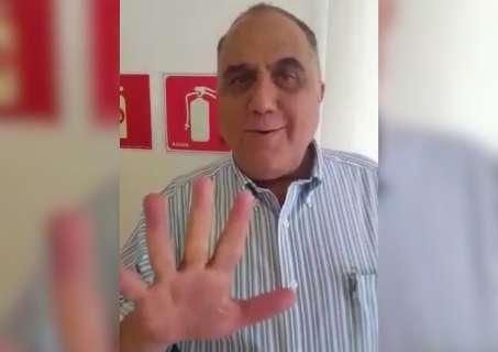"Vereador volta a viralizar com ""Disk Próstata 24 horas"""