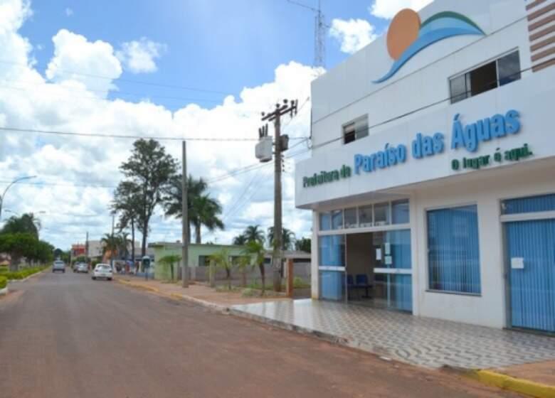 Prefeitura de Paraíso das Águas, onde zootecnista era lotado e foi demitido nesta quarta-feira. (Foto: Fernando Britto/OCorreioNews)