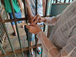 350 presos tiveram material genético coletado. (Foto: Divulgação / Campo Grande News)