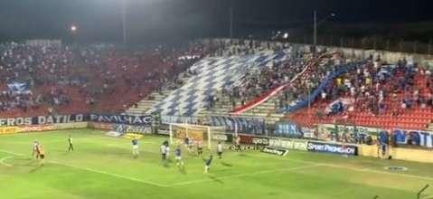 Duelo entre Cruzeiro e Operário-PR termina em empate e confusão