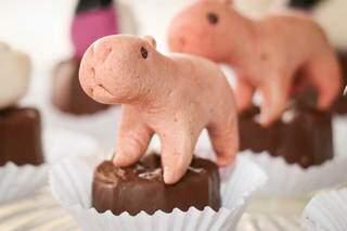 Encomendas dos doces podem ser feitas através do WhatsApp. (Foto: Henrique Kawaminami)
