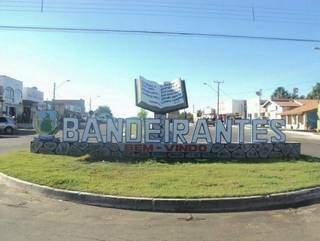Eleitores de Bandeirantes têm prazo para definir o novo prefeito e vice-prefeito para mandato tampão. (Foto: Divulgação)