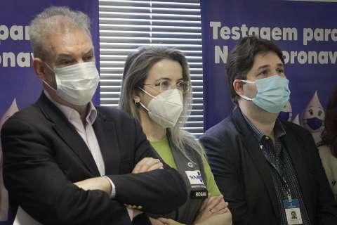 """""""Antes tarde do que nunca"""", alfineta Geraldo sobre programa nacional de testagem"""
