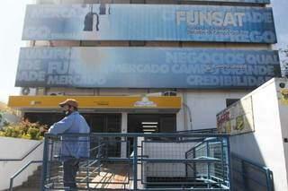 Fachada da Fundação Social do Trabalho, localizada na Rua 14 de Julho, na Vila Glória. (Foto: Arquivo/Campo Grande News)