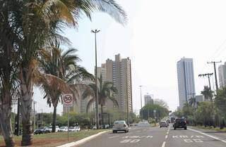 Tempo seco na Capital, com altas temperaturas e riscos à saude com baixa umidade do ar. (Foto: Paulo Francis)