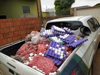 Carnes e ovos foram apreendidos durante operação que retirou de circulação alimentos de origem animal. (Foto: Divulgação)