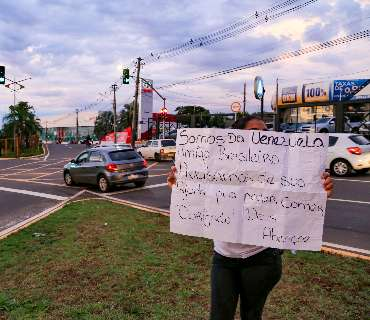 Por dia, prefeitura recebe 23 ligações sobre pedidos de dinheiro em semáforos
