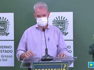 O secretário estadual de Saúde, Geraldo Resende, em coletiva nesta manhã (Foto: Reprodução/SES)